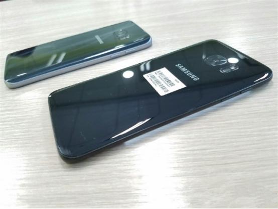 三星S7亮黑色真机图曝光:紧随iPhone 7