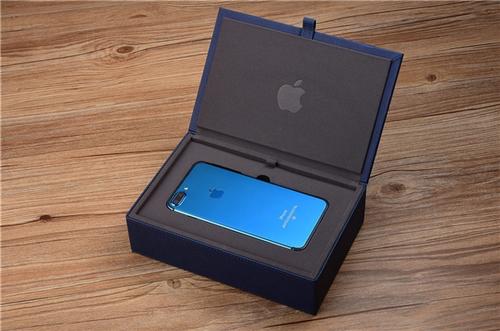 定制版亮蓝色iPhone 7惊艳亮相:首批限量200部