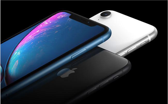 iPhone新款凭什么卖到上万元,看了这些理由你会买账吗?