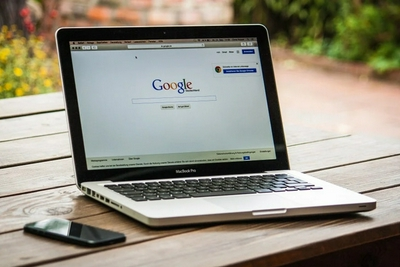 谷歌支付大笔费用保留iPhone中Safari的默认搜索