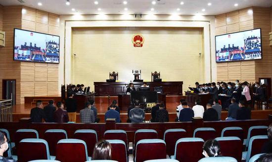 四川攀枝花警方破获的非法控制计算机信息系统案于2月24日在攀枝花东区法院开庭审理。 来源:攀枝花东区人民法院